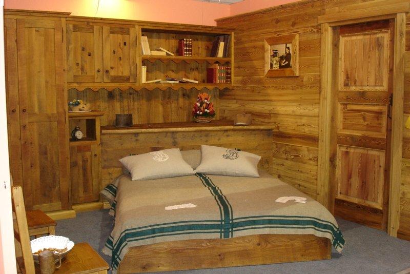 Arredamenti interni in legno for Arredamento casa immagini interni