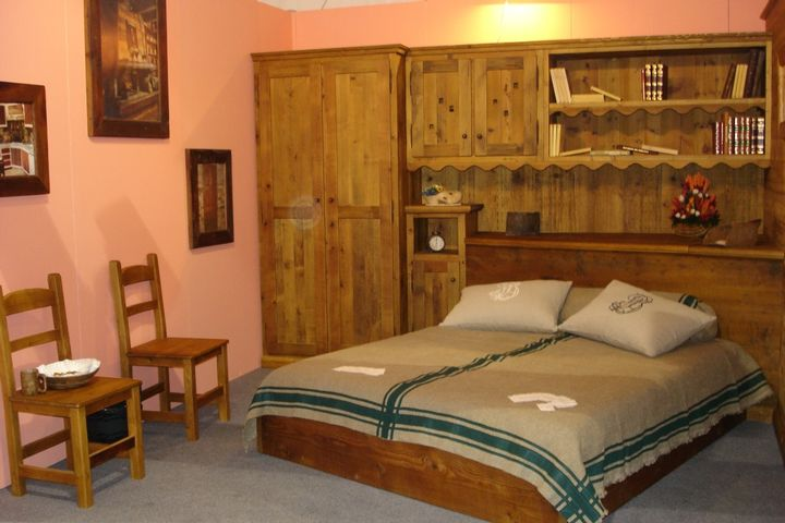 Arredamenti interni in legno for Misure arredamenti interni